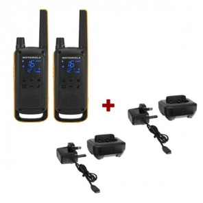 Motorola Talkabout T82 + 2x Desk Chargers